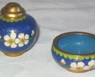 Cloisonne-saltpepper
