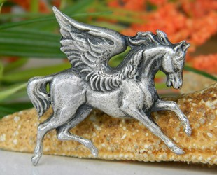 Vintage_pegasus_winged_horse_pewter_brooch_pin_mythology
