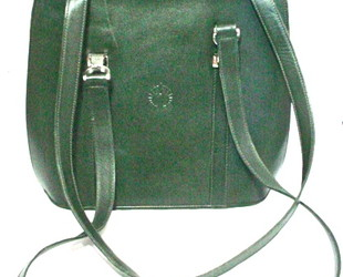 Aries_leather_purse_forest_green_1