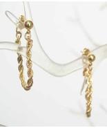 Avon Exquisite Art Moderne Goldtone Link Earrings - $9.00