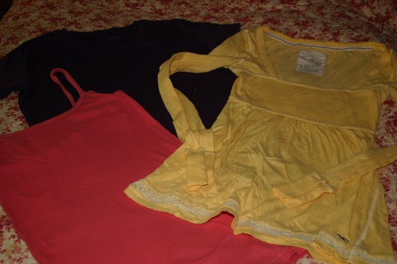 Set of 3 Ladies Size Large Tops Hollister Merona Mossimo 100% Cotton