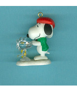 Sold Winter Fun With Snoopy 2010 Hallmark Minia... - $5.99