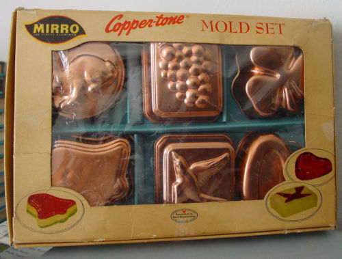 Vintage 1950s Set of 6 Copper Color MIRRO Molds In Original Box