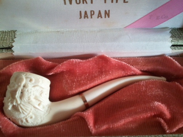 Tsuge Company Carved Ivory Pipe Antique