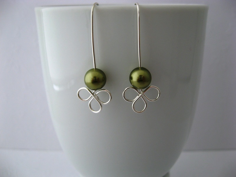 Clover Lt Green Pearl Earrings Handmade by Chula