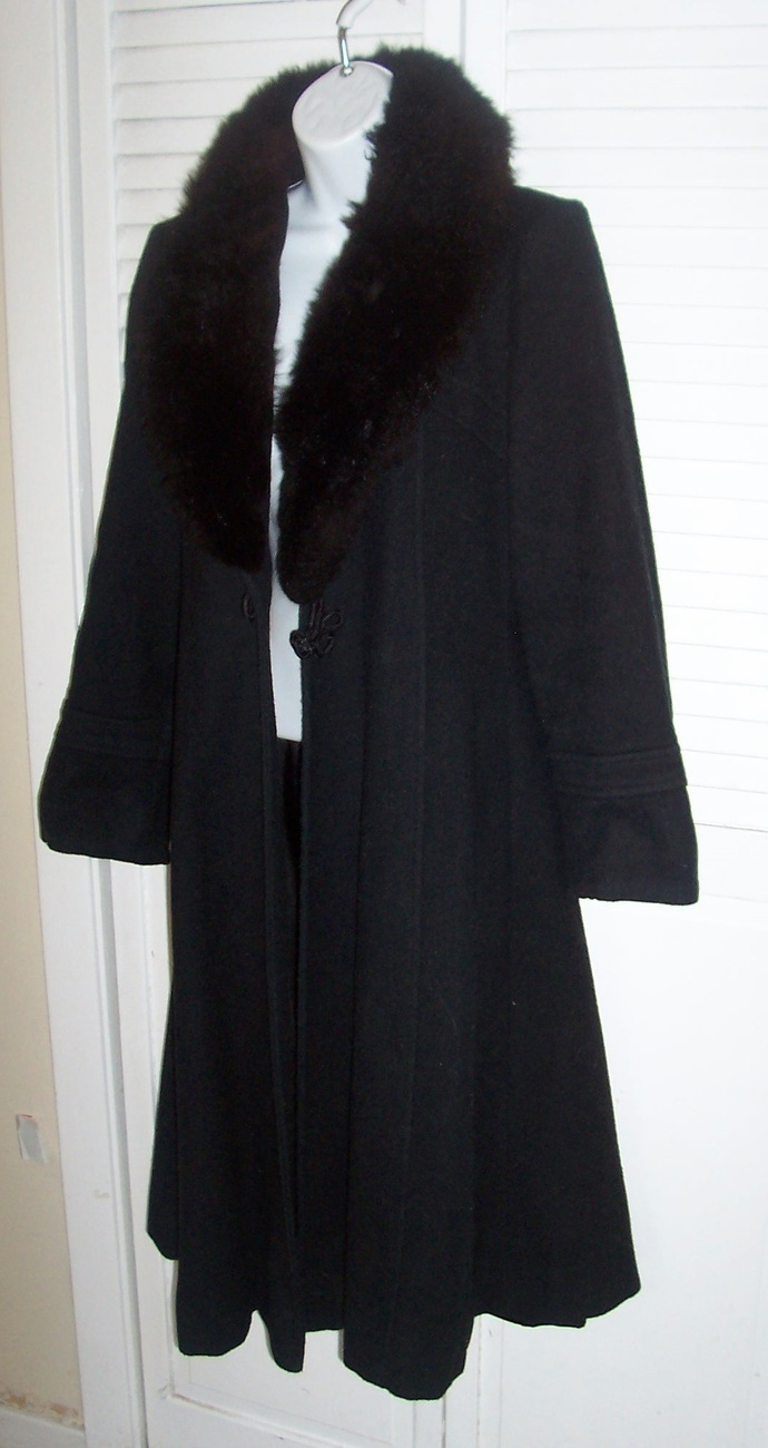 Vtg 60's Princess TWIGGY STYLE MAXI Coat w/ Black Faux Fur Collar Sz S/XS