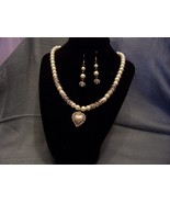 Pearl and crystal necklace set heart pendant Rh... - $5.00