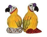 Safari-parrots-salt-pepper-shakers_thumb155_crop