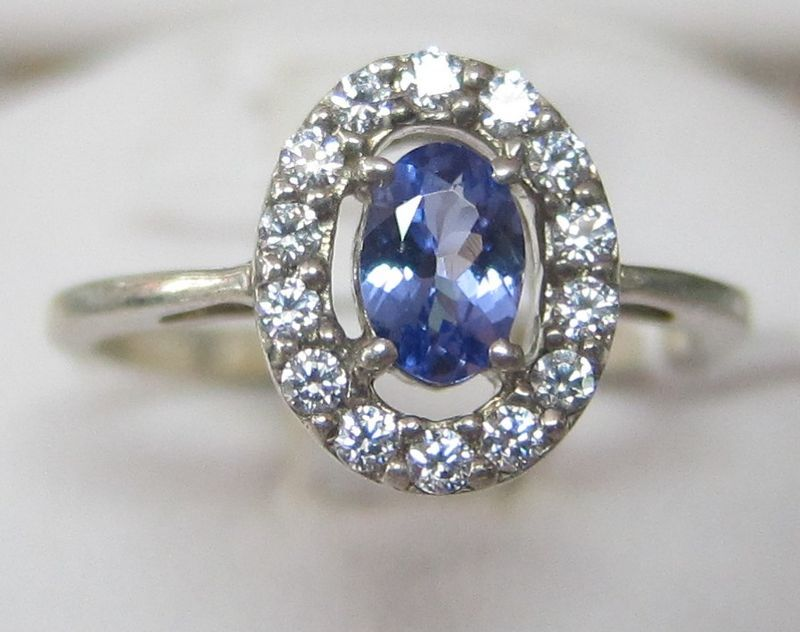 Glamorous Tanzanite & Diamond 14k White Gold Ring