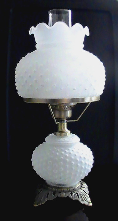 Hobnail Hurricane Parlor Lamp 3 Way Vintage Frosted White
