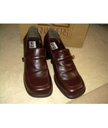 CITY Snappers Brown Leather Med Heel 2
