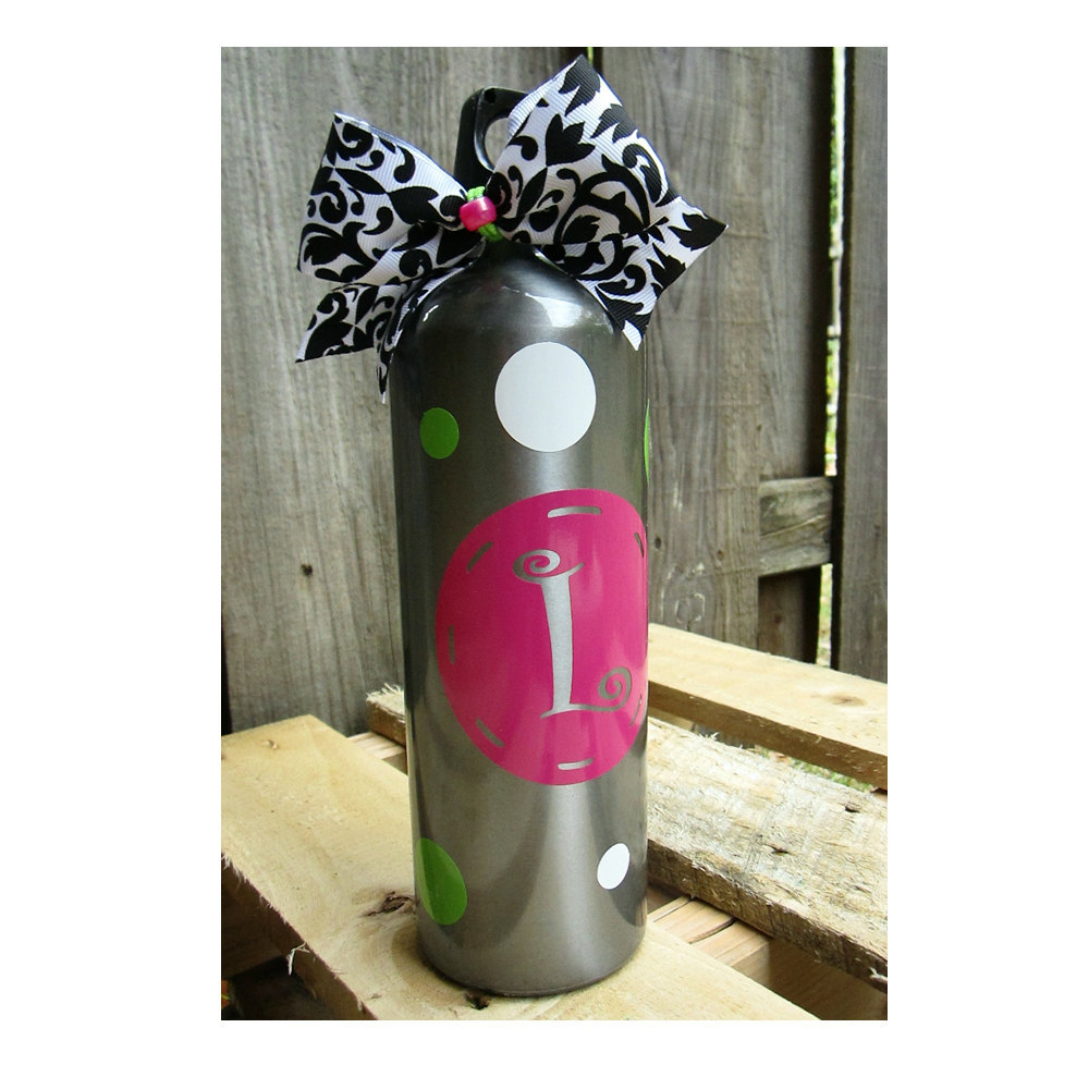 Set of 2 Personalized Aluminum Water Bottle - 25oz - Choice of colors and Name