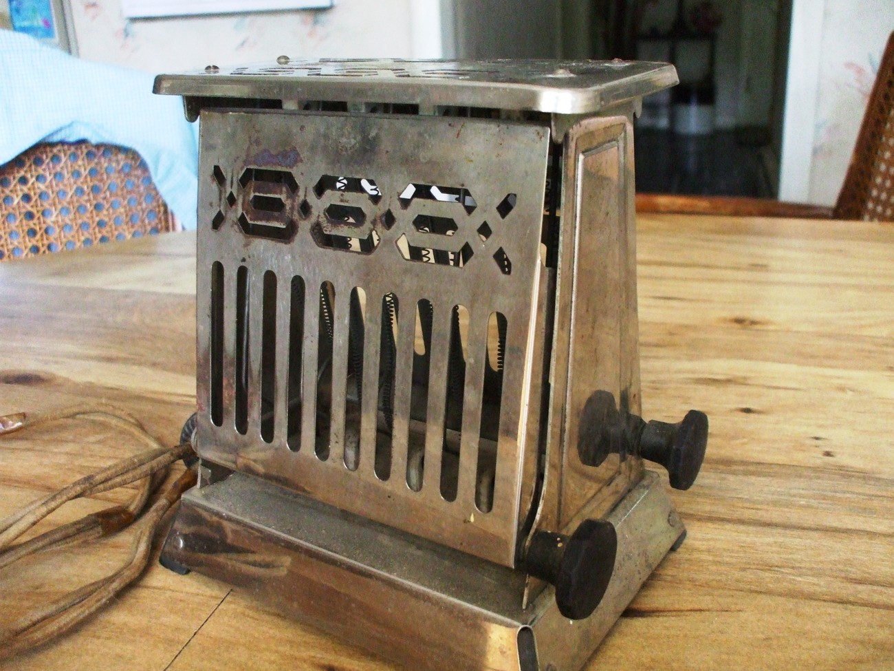 Antique Electric Toasters ~ Rare vintage hot point edison electric antique toaster