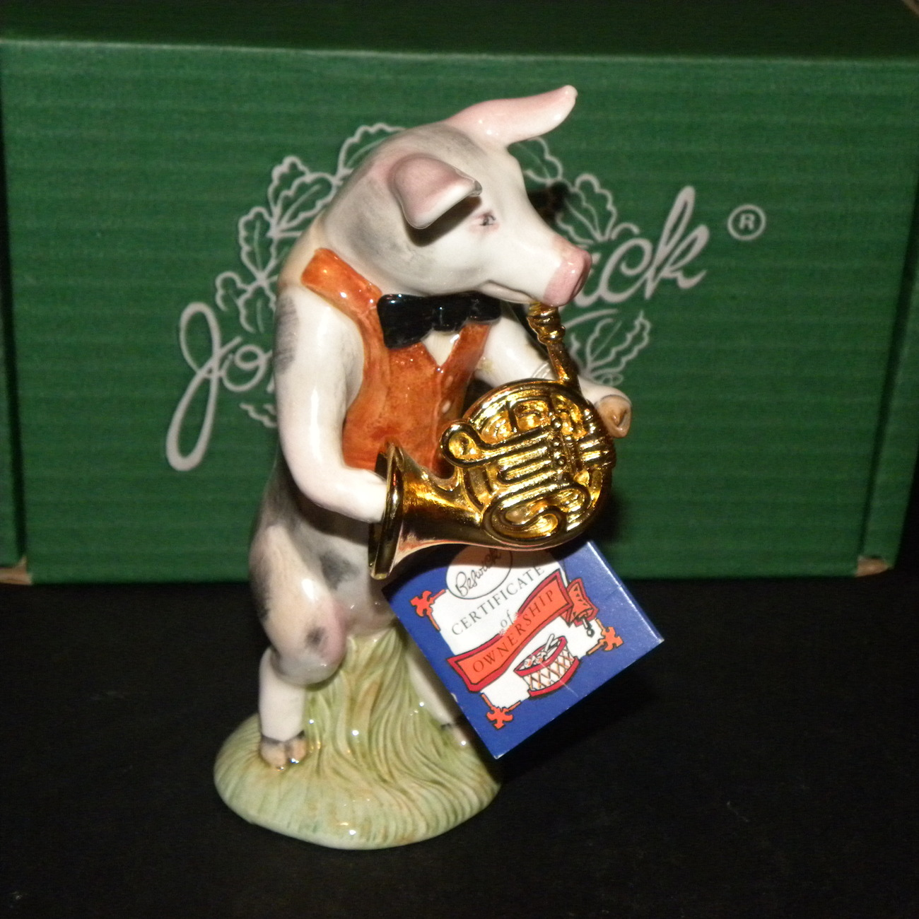 Figurine Pig Richard Playing Horn Beswick Pig Promenade 1987