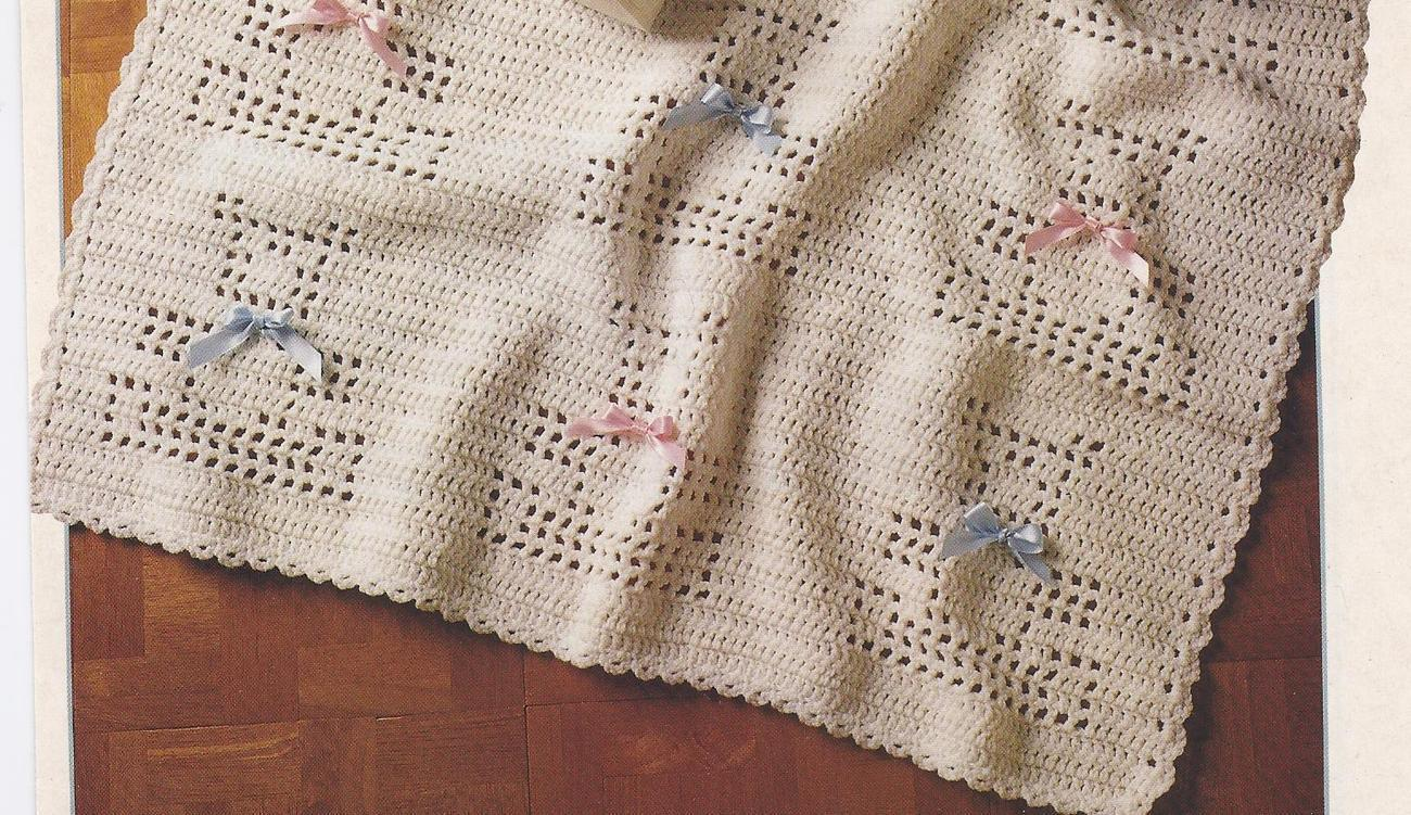 Amigurumi Teddy Bear Free Patterns : Bear crocheted pattern sweater teddy crochet patterns