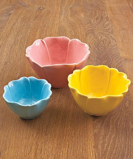 Image 1 of Set of 3 Flower Petal Bowls Ceramic