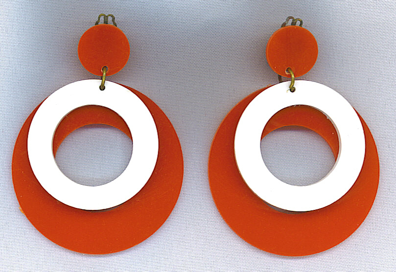 **SALE!!** MOD Vtg. Large Red & White Hoop Earrings