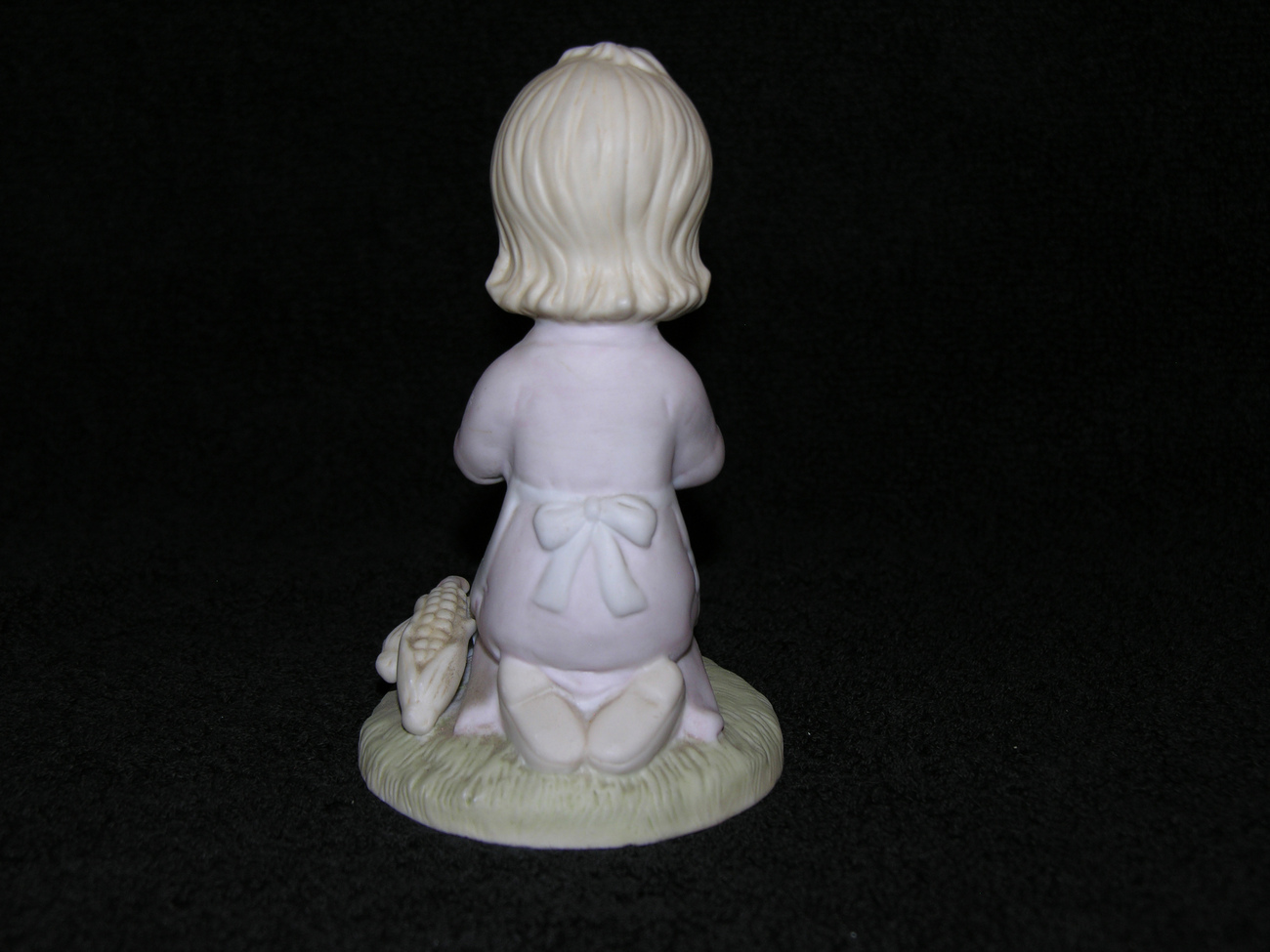Lefton_girl_figurine_3