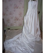 Cosmobella Ivory  wedding gown size 10 store sa... - $75.00