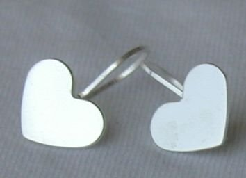 Mini silver hearts earrings