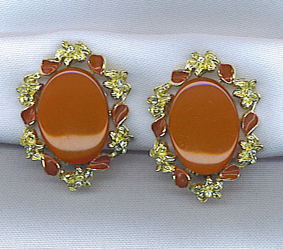 Classic Moonglow Vtg. Earrings in Beautiful Rust Color