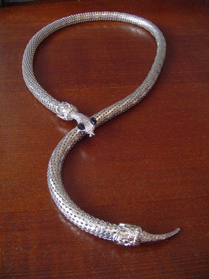 Large Silver Tone Flexible Snake Necklace Magnet