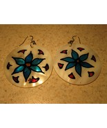 EARRINGS MOP ROUND SHELLS WITH KAWAII FLOWER PI... - $8.99