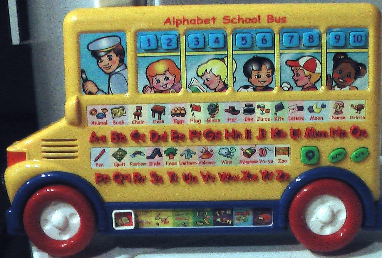 Alphabet_school_bus