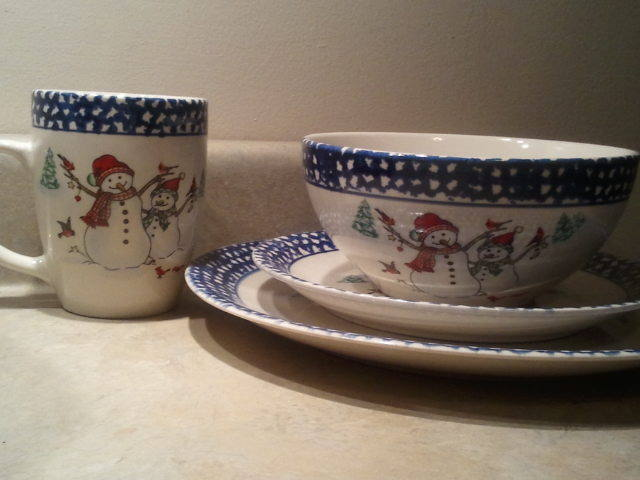 Thomson Pottery Snowman Dinnerware Set Service for 4