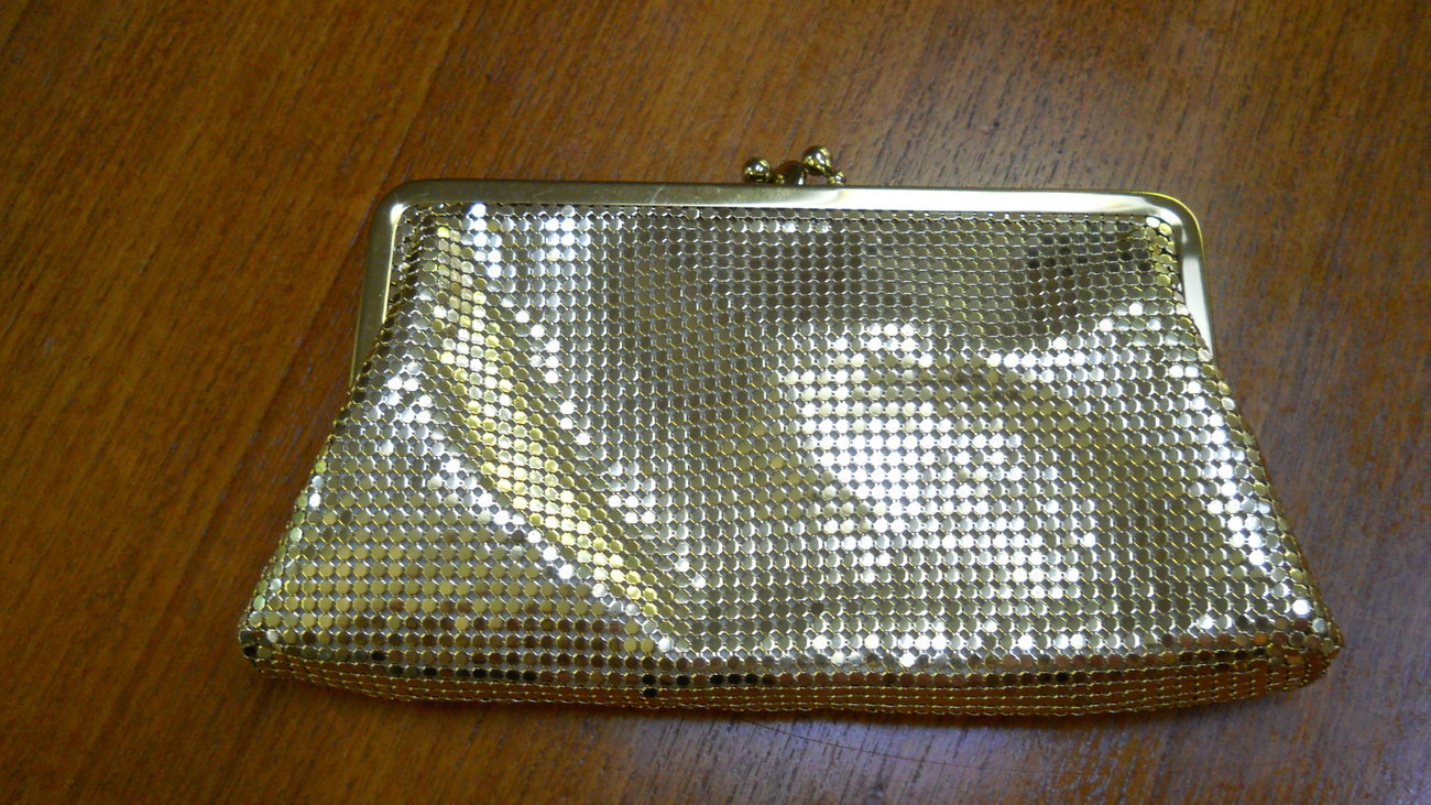 Whiting & Davis Gold Mesh Purse/Clutch Vintage