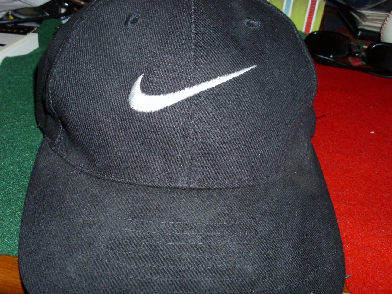 NIKE  Vintage  Black Mens Golf  Baseball Cap one size fits al