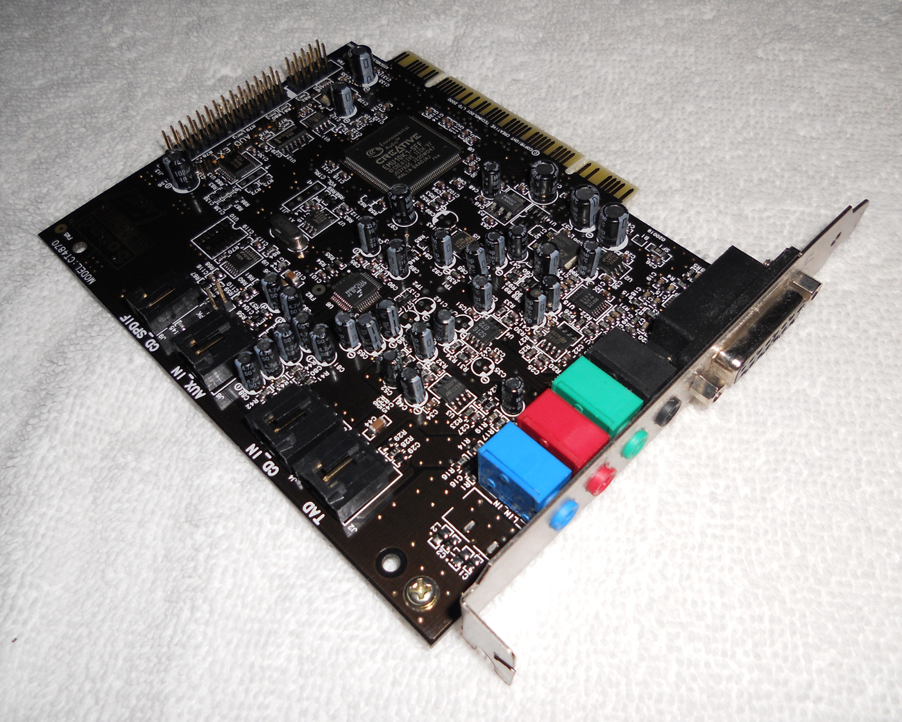 Buy computers sound blasters - Creative Labs Sound Blaster LIVE! CT4870 PCI Card