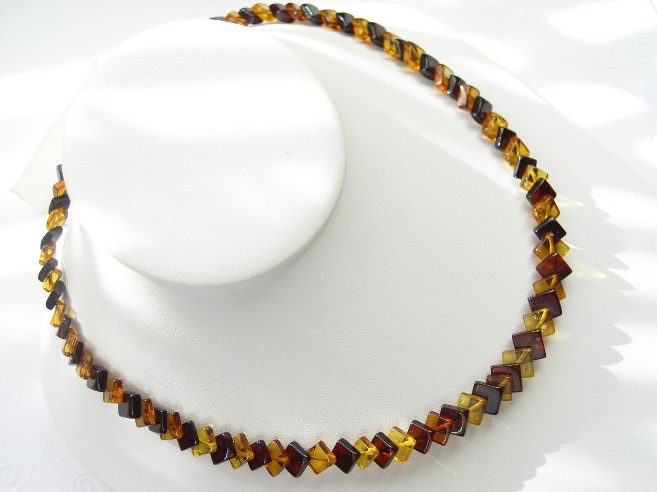 Gorgeous Natural Baltic Amber Diamond Shaped Beads Necklace