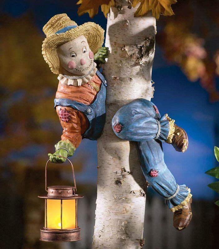 Image 0 of Peeping Scarecrow Tree Ornament
