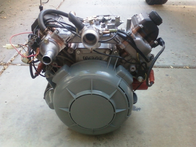 Original John Deere Gator 6x4 V Twin Engine FD620D  : 0825111827 from www.bonanza.com size 640 x 480 jpeg 140kB