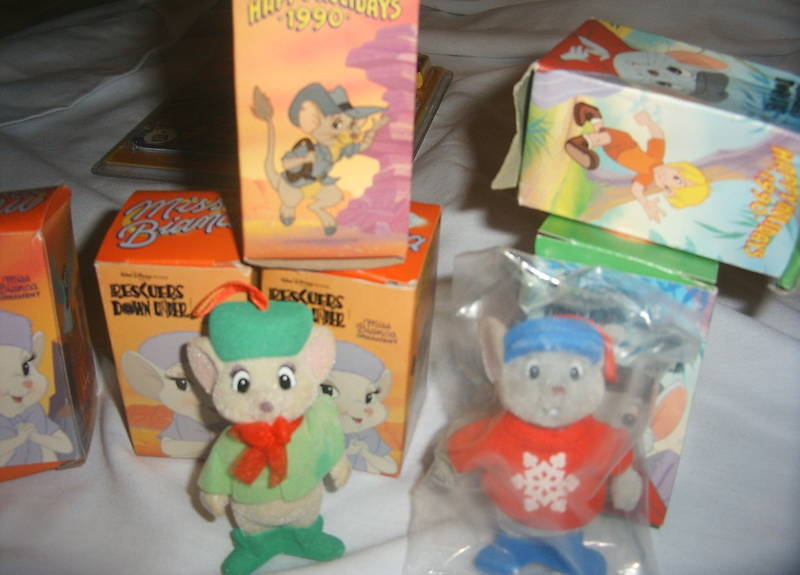 Lot of 8 Walt DISNEY Rescuers Down Under Ornament Miss Bianca Bernard Figure NEW