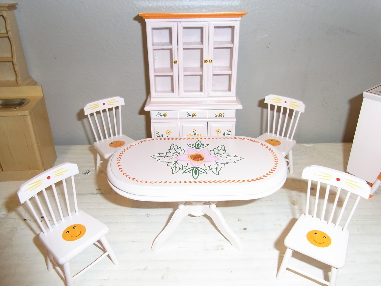 White Wood Dining Room Set Doll House