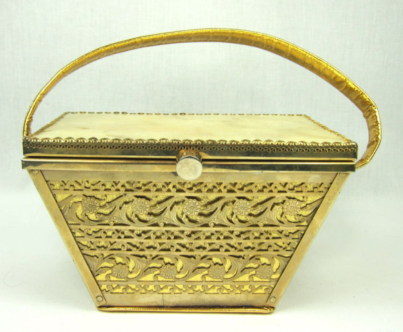 VTG 1940s LARGE GOLD METAL SHELL TOP HANDBAG BOX PURSE