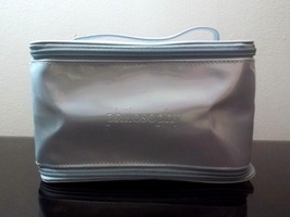 Philosophy_cosmetic_bag_silvery_blue_001_thumb200