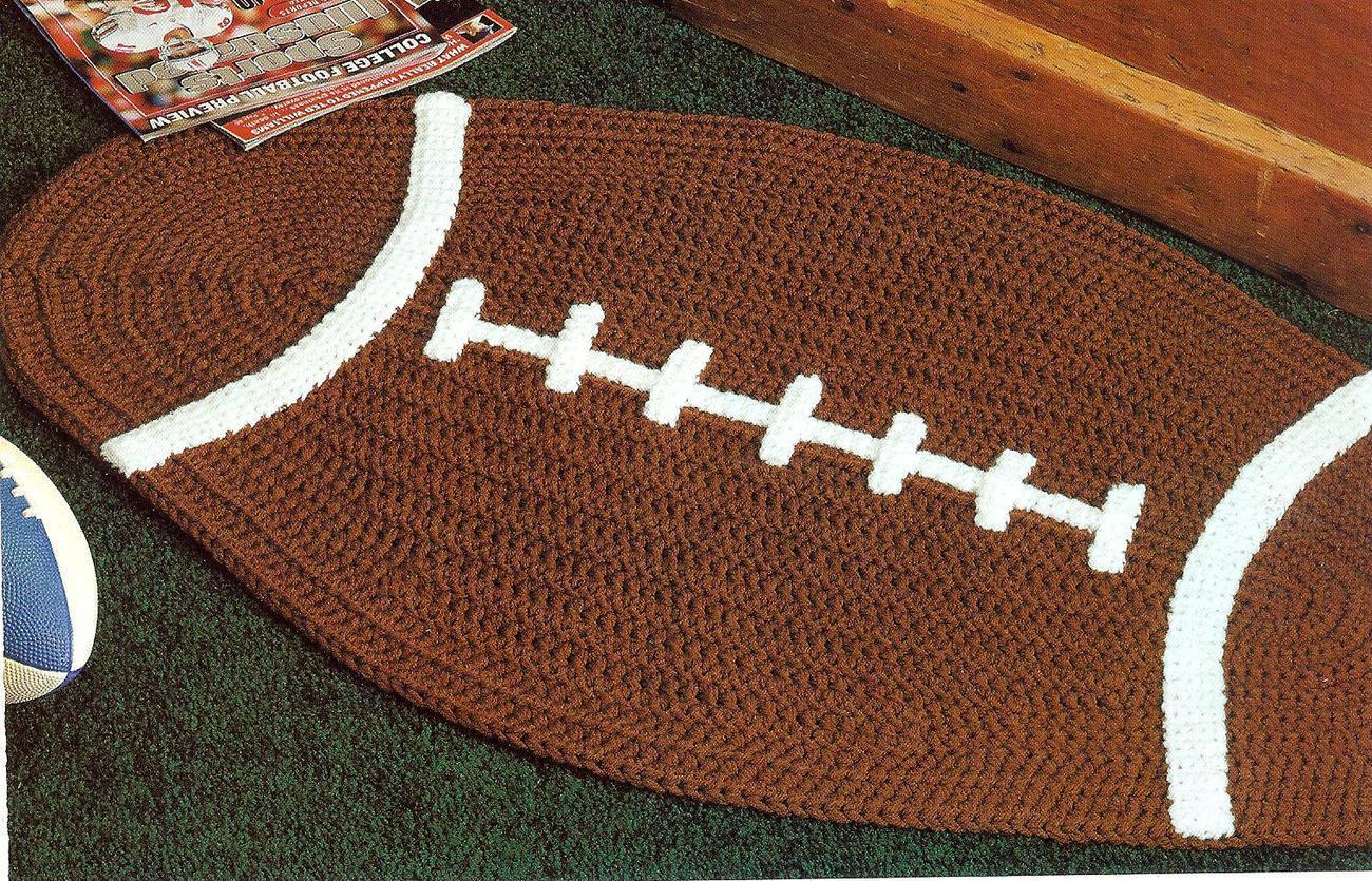 Free Crochet Football Rug Pattern : FOOTBALL & BASKETBALL RUGS CROCHET PATTERN - Home Decor