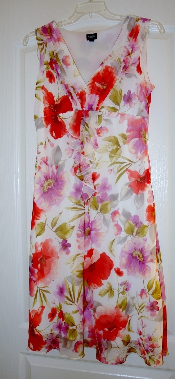 Ladies Floral Dress Size 14