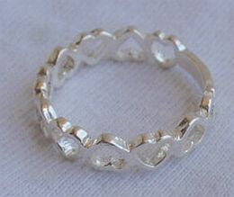 Open_hearts_silver_ring-1