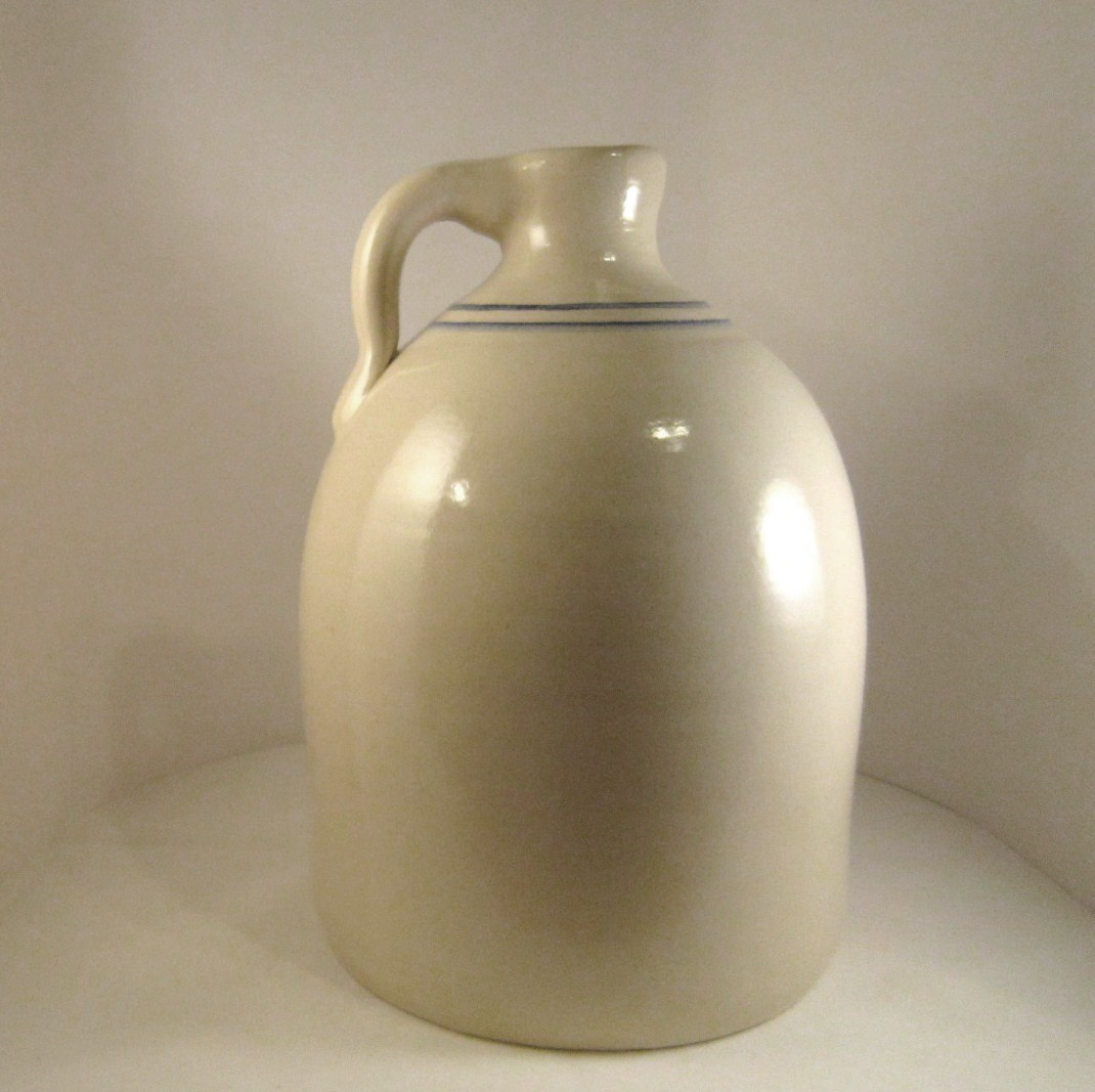 Marshall_pottery_gallon_jug_03