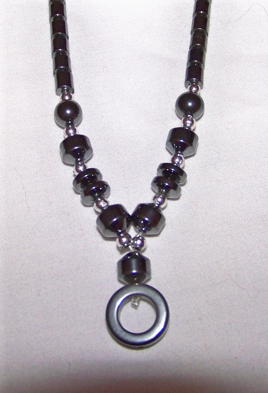 "18 "" Hematite Necklace with Screw Shut closure Outstanding"