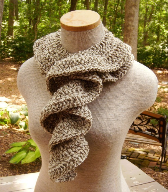 Cascade of Ruffles Scarf in Oak Tweed Fishermans Wool