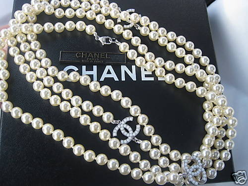 Authentic Chanel Classic CC Logo Opera Length PEARL Necklace