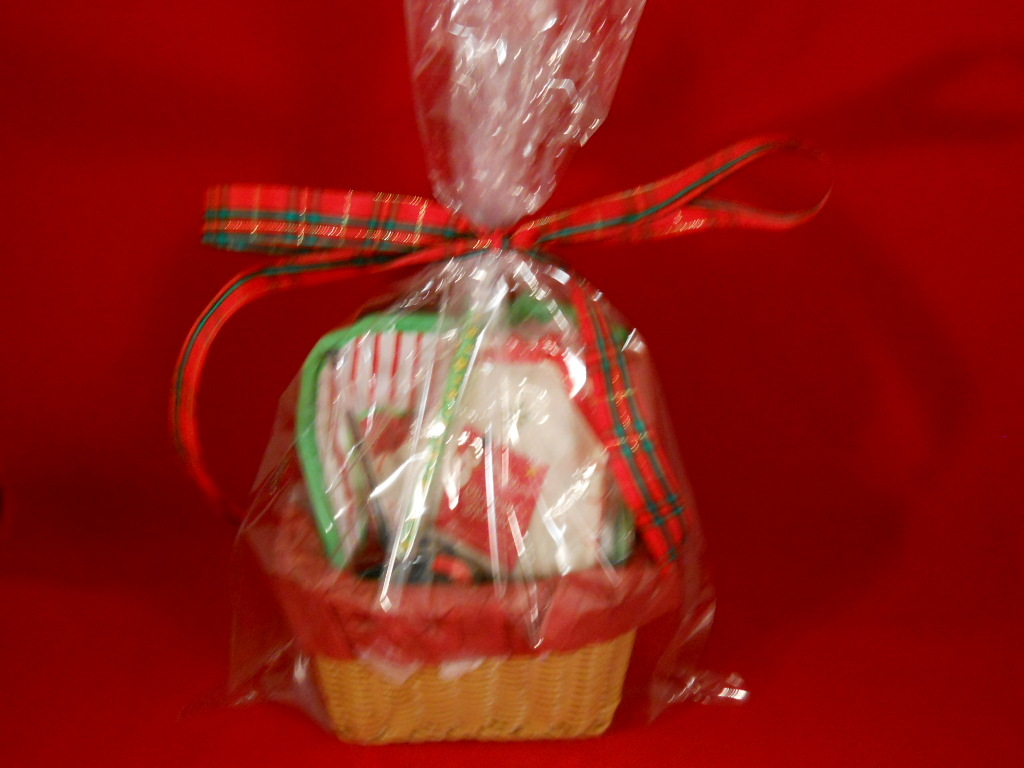 Small gift basket for teacher, postperson, etc. packaged for gift giving new