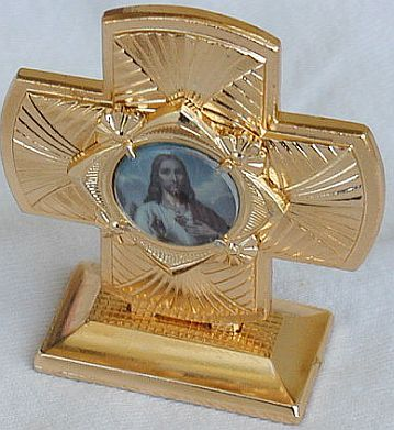 Mini_cross_statue-a-4
