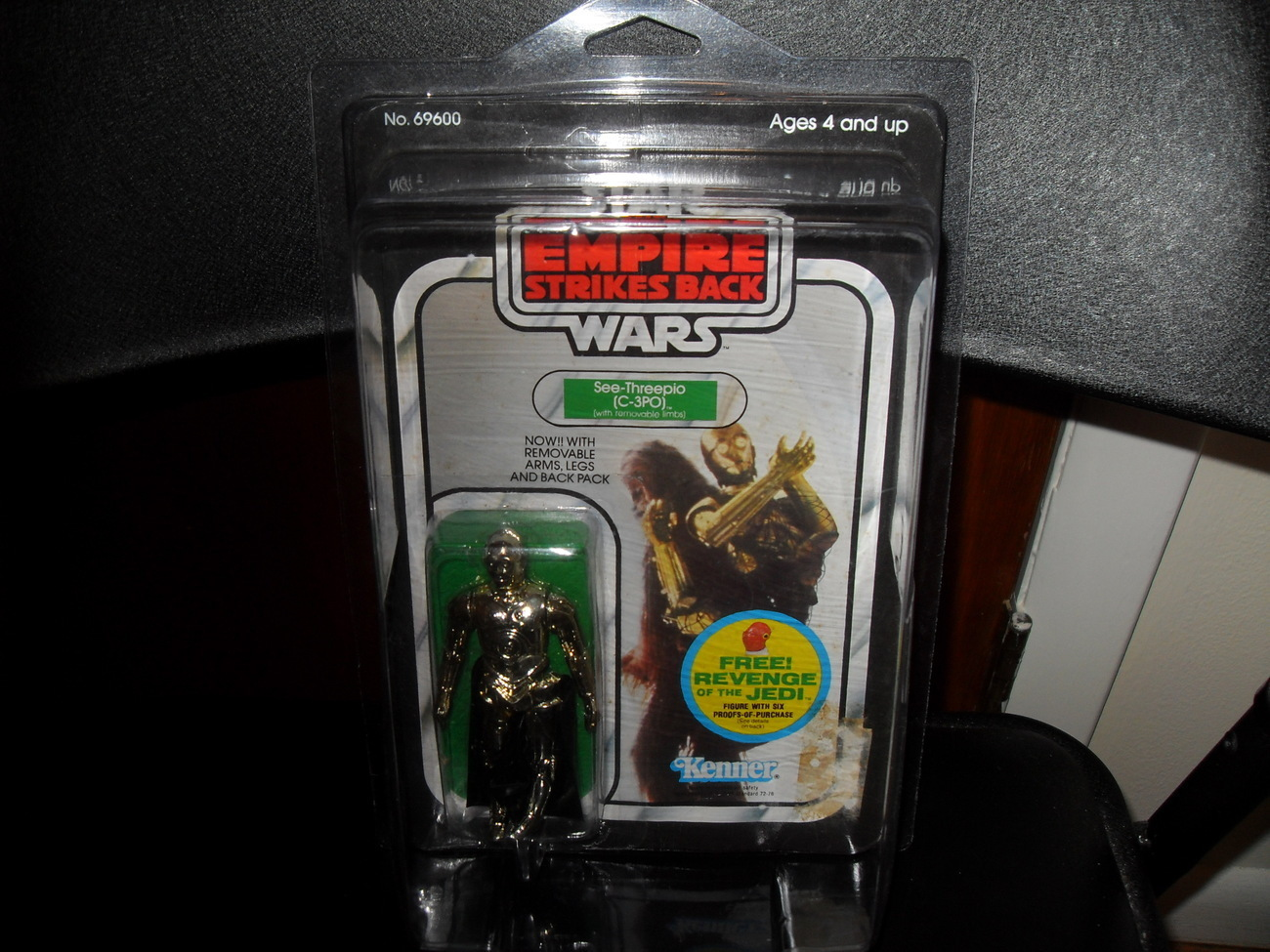 Vintage Star Wars 1982 C3PO removable Limbs Carded Figure