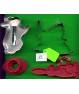 Lot of Metal and Plastic Cookie Cutters .....N - $5.00